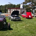 Classic Carshow on the lawn on a beautiful Sunday afternoon.