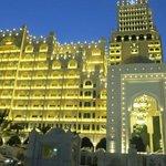 Al Hamra Palace 5*