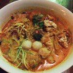 This was how my nyonya laksa was served. A little messy and unappetizing. Wished they could've s