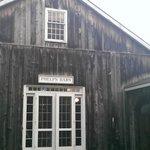 Phelps Pub - Exterior