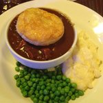 beef shiraz pie