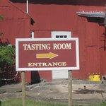 this way to good wine