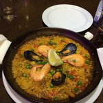 Especialidad en Paella Marisco, Paella Mixta de Carne