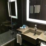 Belle salle de bain.