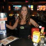 leann, our cute bartender