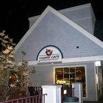 vinaka's cafe
