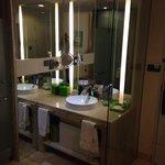 Room 517 open bathroom