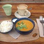 Chakra Curry- Butter chicken with cucumber raita