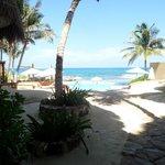 Foto de Playa La Media Luna Hotel