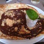 Crêpe chocolat nougatine avec chantilly
