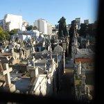 Vista aerea de una parte del cementerio