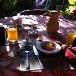 El desayuno a la terraza de lo mejor.