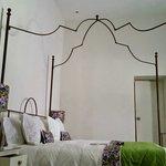 La habitación te hace sentir como en casa. Que cómoda la cama!