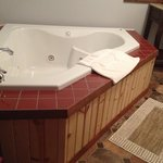 Jacuzzi tub in the Maple Room
