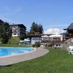 Esterno piscina Mar Dolomit