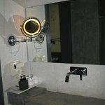 The bethroom