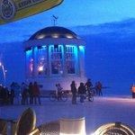 Strandpromenade mit Musikpavillon und Life Musik