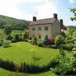 The Manor House: Sleeps 14 in 7 En-suite Bedrooms