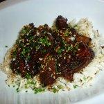 costillitas de cerdo con salsa teriyaki y arroz basmati