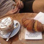صورة فوتوغرافية لـ 089 Zer0tt8n9ve Cafe et Caffe