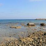пляж karousos beach