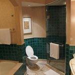 バスルーム(シャワーブースあり)