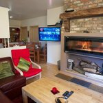 Coach house lounge with internet 3d tv & panoramic stove