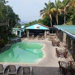 área de piscina Lazzy Parriot