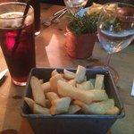 Handcut chips. £3.10.