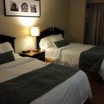 Room 1612 - Queen Room