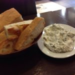 Spinach in yogurt with great bread