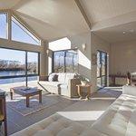 Lounge (109590681)