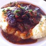 Beef stew on purée