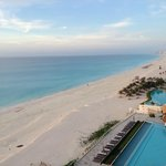 Foto de Girasol Condo Hotel