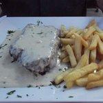 XL fillet steak and Roquefort sauce
