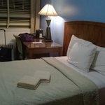 la stanza, letto e scrivania