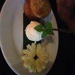 banana cake & coco icecream