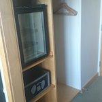 Fridge & hanging space