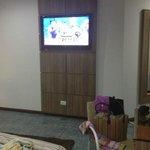 tv lcd em todos os quartos e wi-fi também.