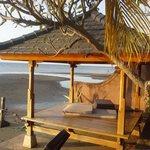 hutje aan het terras van de kamer met zeezicht