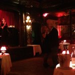 The singer dedicated a Piaf song to couple celebrating anniversary!