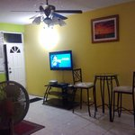 Large & cozy living area. 2-bedroom Apartment in New Kingston