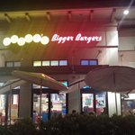 Storefront of Teddy's Bigger Burgers at night 09/09/14