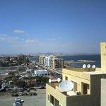 Вид на Ларнаку из Отеля