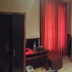 Una camera tipo (la foto è stata scattata il giorno della partenza non giudicate il disordine)