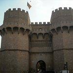 Puerta de los Serranos