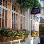 Le Cafe du Marche - Charterhouse Mews