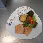terrine de foie gras, pain d'epices et compotée de myrtilles