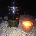 La infusión de El Moli y velas de citronela no faltan por la noche