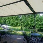 veranda con copertura antigrandine al ristorante croce di malta di mariano comense vicino a como